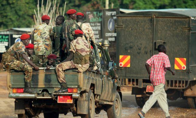 נשיא סודן עומאר אל-באשיר הודח בהפיכה צבאית