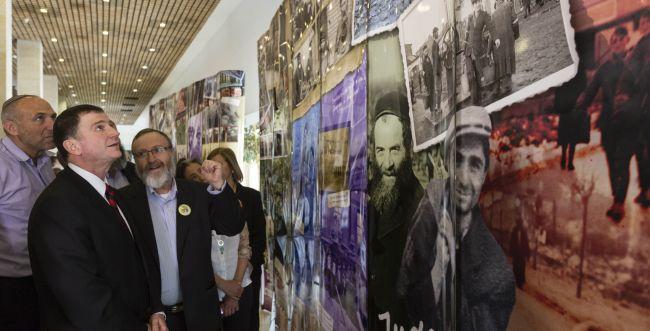 יום השואה בכנסת: הרב חיים דרוקמן ידליק נר זיכרון