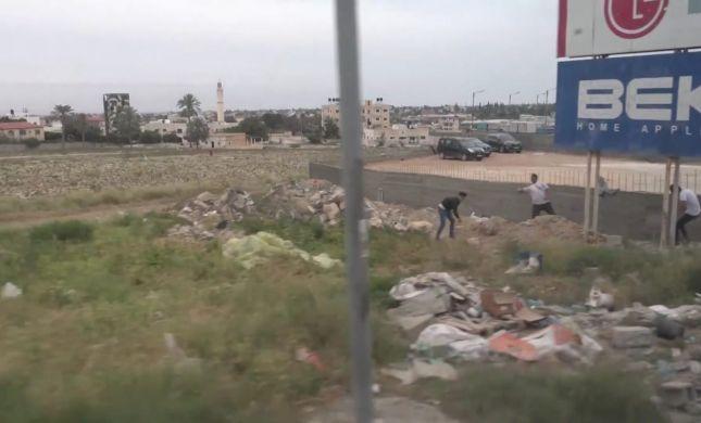 צפו עיתונאים זרים הותקפו על ידי פלסטינים