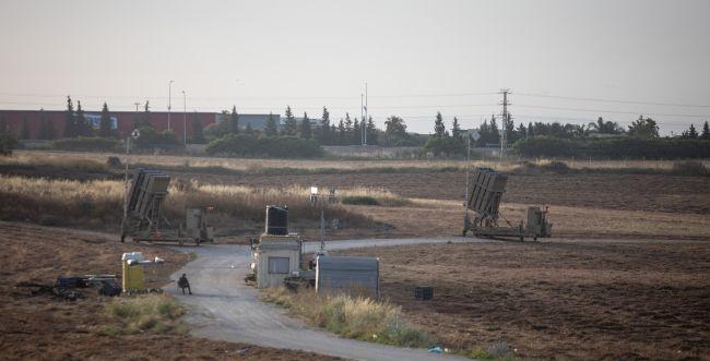 """לוחמי צה""""ל עצרו מחבל שחדר מעזה לישראל"""
