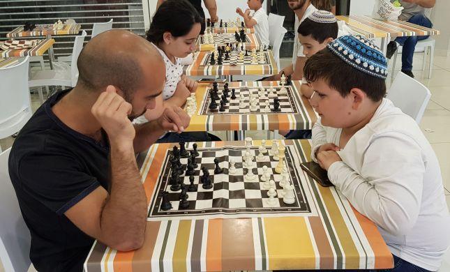 השחמט כובש את הצפון: טורניר אביבי בקניון נחמיה
