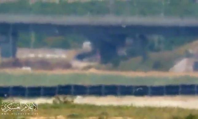 מצמרר: חמאס מכוון טיל שמשוגר לעבר הרכב הנוסע