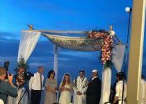 """חתונה ראשונה עם החופה של אורי אנסבכר הי""""ד"""