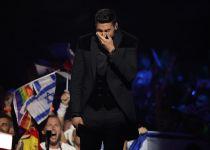 דמעות על הבמה: הביצוע של קובי בגמר האירוויזיון