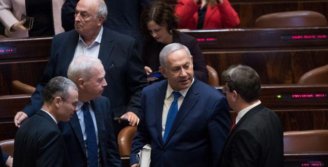 גיוס כללי: הקואליציה מתייצבת להרחבת הממשלה