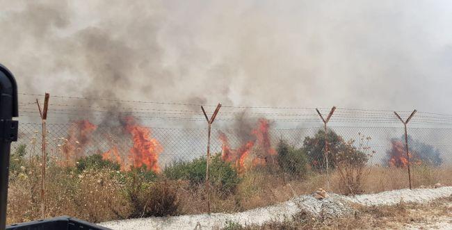 מטורף: שריפות משתוללות ב- 14 מוקדים במקביל