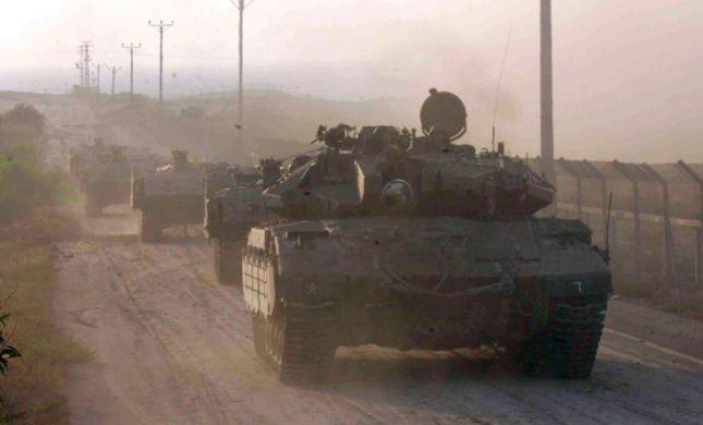 ישראל אישרה העברת משוריינים לפלסטנים