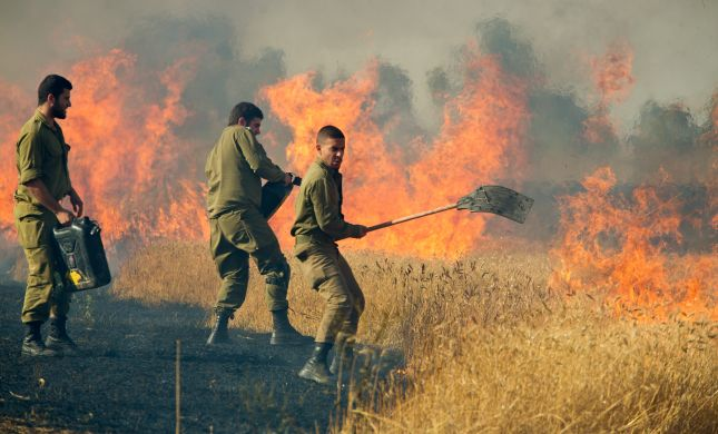 המתיחות בדרום: 3 שריפות בעוטף עזה