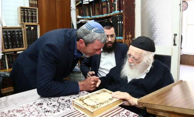 העידן שאחרי בנט: הרב פרץ בברכה אצל הרב קנייבסקי