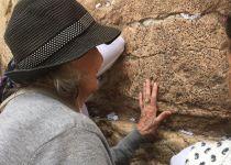מרגש: בגיל 97, ניצולת השואה חגגה בת מצווה