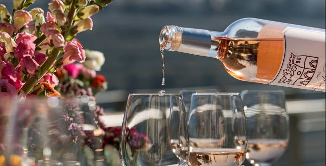 חלב, יין וחג מתן תורה: יינות מומלצים לשבועות