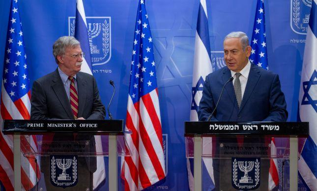 """מתיחות במפרץ • ג'ון בולטון בישראל: """"מוכנים לפעולה"""""""