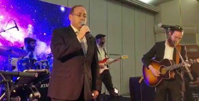 צפו: הופעה מפתיעה בטקס מצטייני השירות הלאומי