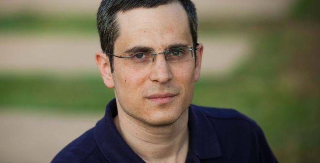 מיוחד לשבוע הספר | הסופר יואב בלום בראיון לסרוגים