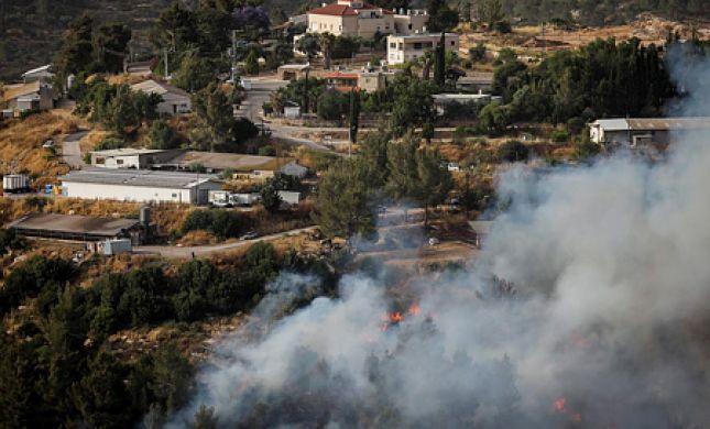 מדינה בלהבות:בת 4 נספתה בשריפה; בתים פונו ליד י-ם