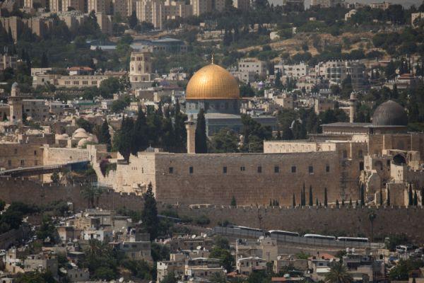 השליטה הישראלית בהר הבית ובי-ם צריכה חיזוק
