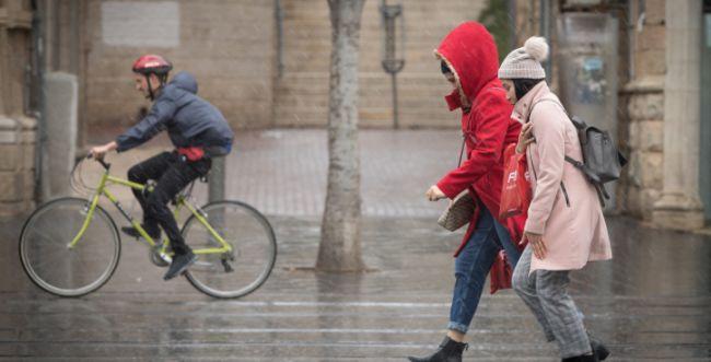 מזג האוויר המשוגע נמשך: הגשם קופץ לביקור