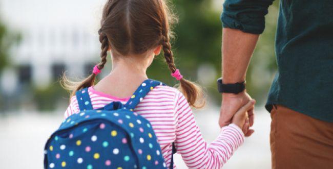 חודשיים וחצי אחרי הזוועה: בת ה-7 חזרה לבית הספר