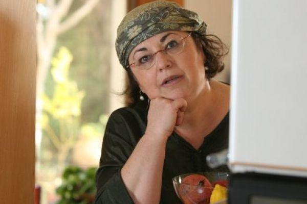 חיותה דויטש לסרוגים: יש יותר כתיבה ציונית דתית