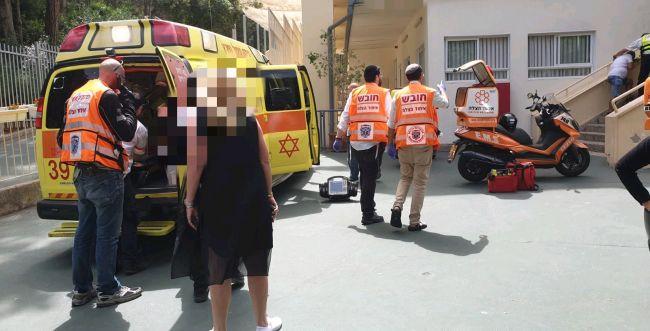 חיפה: ארון נפל על ילד בן 7 בבית ספר, מצבו קשה