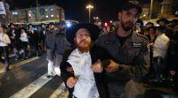 חדשות חרדים תיעוד מכוער: מקרה שלישי של שוטר מושך בפאות חרדי