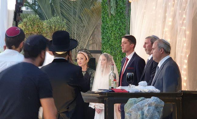 בנו של הרב רפי פרץ התחתן. צפו בכל המי ומי