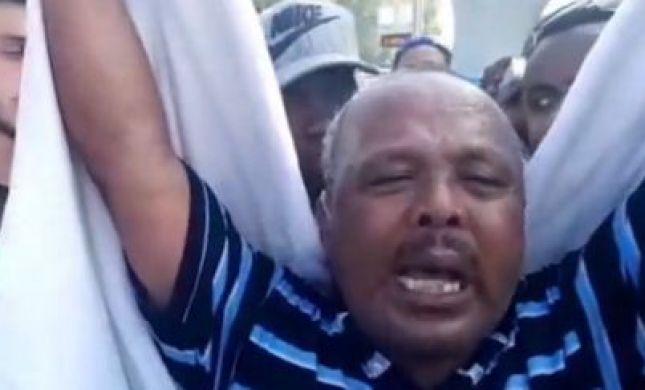 """קורע לב: אביו של הצעיר שנורה למוות זעק בבכי: """"איבדתי ילד"""""""