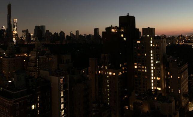 עיר בחשכה: הפסקת חשמל נרחבת בניו יורק