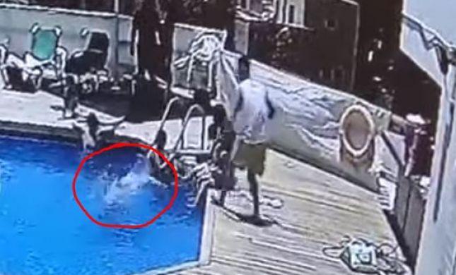 """""""הוא בולע מים"""": צפו: ערנות המציל הצילה ילד מטביעה"""