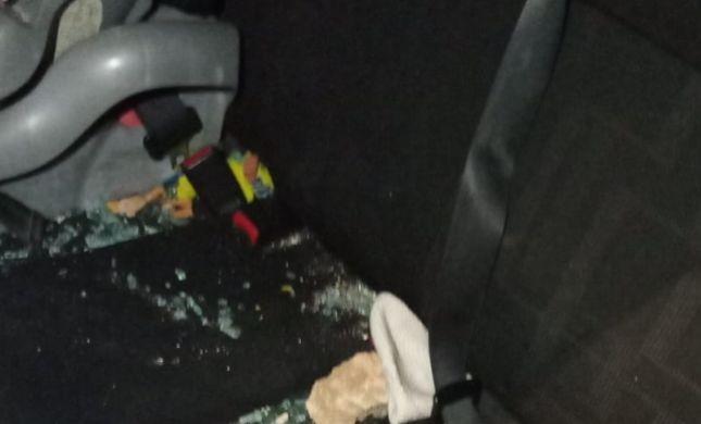 3 ילדים בהם תינוקת נפצעו בפיגוע אבנים בשומרון