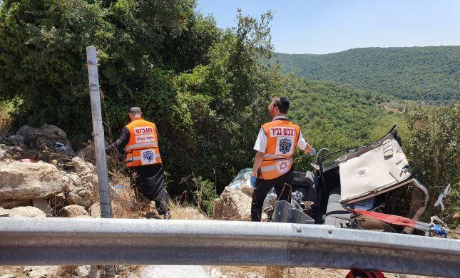 5 פצועים בהתהפכות רכב לתעלה בצפון