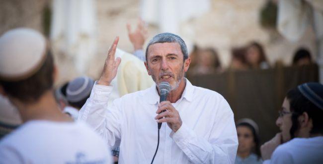 """הרב פרץ לא מוותר לשקד: """"היו""""ר צריך להיות דתי"""""""
