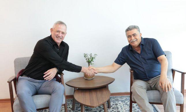 לקראת איחוד בשמאל: בני גנץ נפגש עם עמיר פרץ