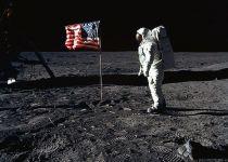 יובל לנחיתה על הירח: האם צריך לשמור מצוות בחלל?