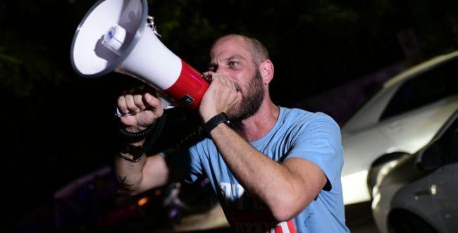 פעילי העבודה באו לפוצץ כנס של אהוד ברק