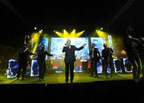 הר הזיתים התמלא אורה במופע של אברהם פריד