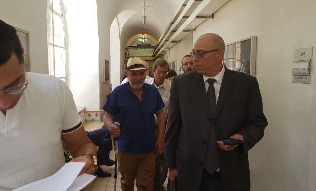 השופט דחה את טענות עזרא נאווי לרדיפה פוליטית