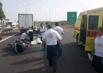 רוכב אופנוע בן 16 נהרג בהתנגשות עם משאית