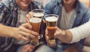 חדשות חינוך, חינוך ובריאות סכנת האלכוהול: בני הנוער הם לא הבעיה