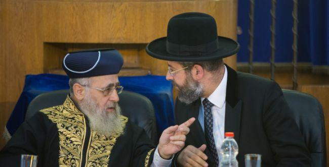 הרבנים הראשיים: הרב שטיינזלץ היה מגדלור לרבים
