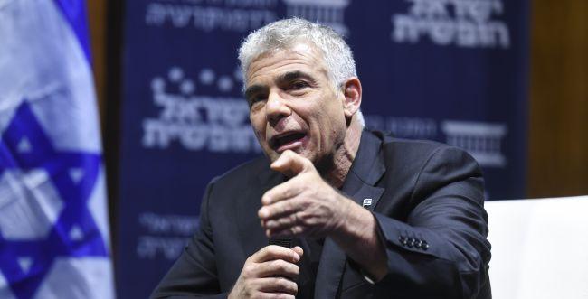 """לפיד: """"טעות קשה של נתניהו, רוח גבית ל-BDS"""""""