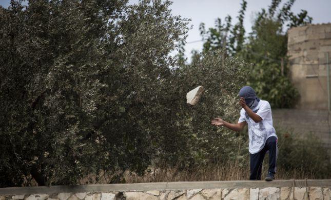 פיגוע אבנים סמוך ליישוב כרמי צור בגוש עציון