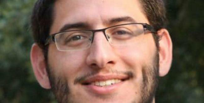 העיתונאי הסרוג עוזב את 'מעריב' ועובר למתחרים