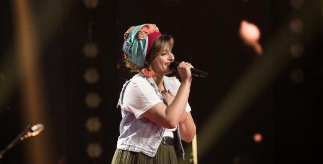 """הזמרת הסרוגה סיימה את דרכה ב""""The Voice"""""""