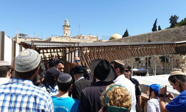 למרות המהומות | המשטרה פתחה את הר הבית ליהודים