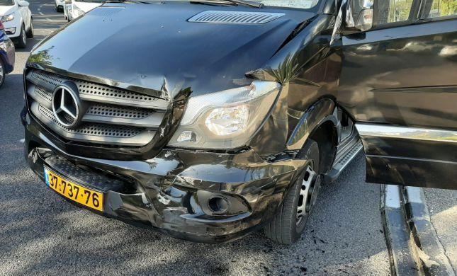 הזמרת וכוכבת הנוער עברה תאונת דרכים