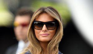 אופנה וסטייל, סרוגות כאחת העם: מלניה טראמפ בבחירה מפתיעה