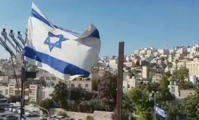 צפו: חברון מגג בית המכפלה שבוע לאחר חזרתו ליהודים