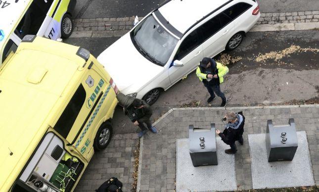 דרמה בנורבגיה: חמוש חטף אמבולנס ודרס עוברי אורח
