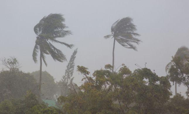 """על ההתחלה: סופ""""ש גשום וסוער; חשש לסופה טרופית"""